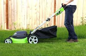 How to Use Carb Cleaner on Lawn Mowers - JewelsClean